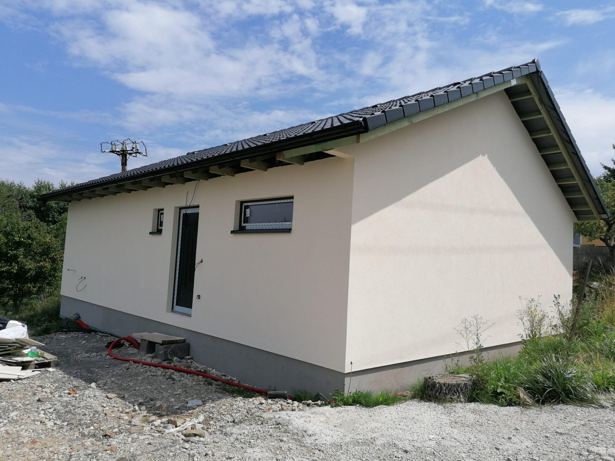 Výstavba domu v Černé Hoře